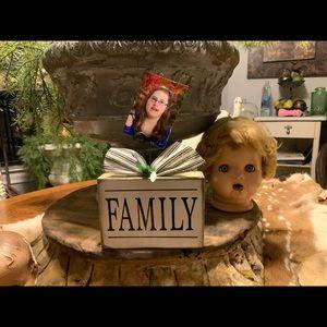 "Farmhouse style ""FAMILY' photo block"